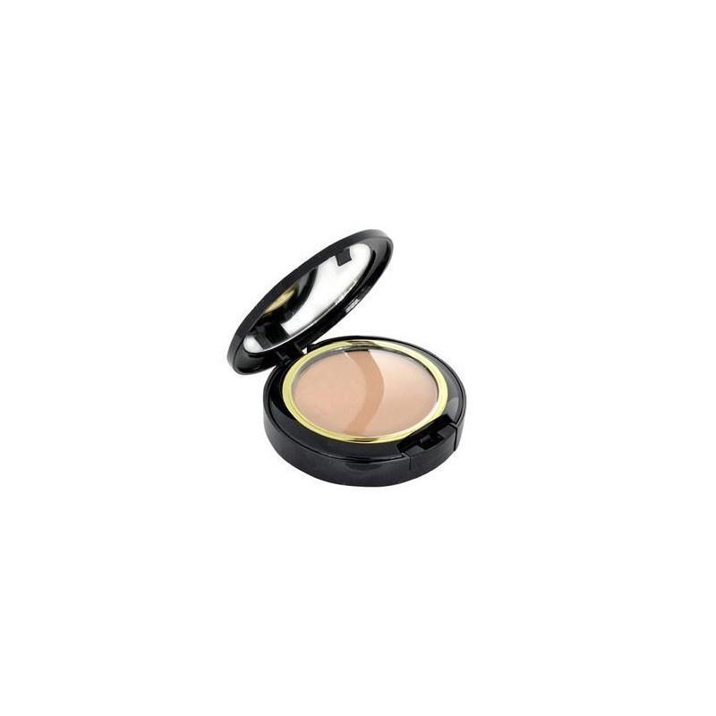 Estée Lauder Invisible Powder Makeup