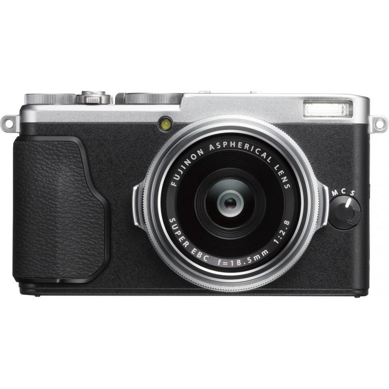 Fujifilm X70, hõbedane