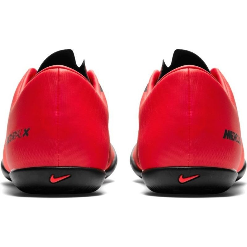 2755a21a0 Indoor football shoes for men Nike MercurialX Victory VI IC M 831966-616