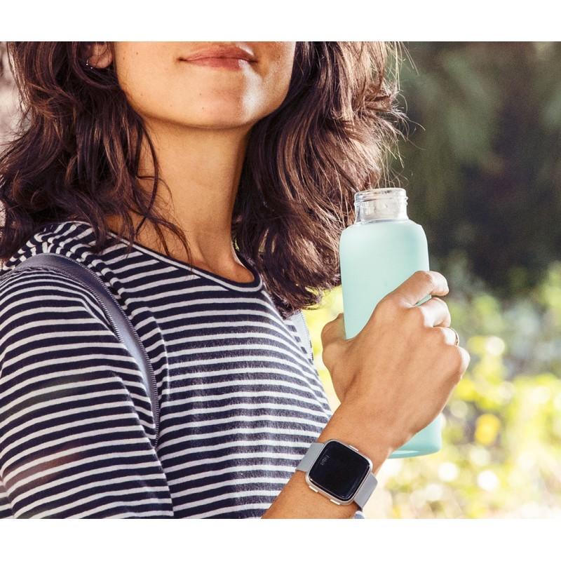 Fitbit Versa, hall/hõbedane
