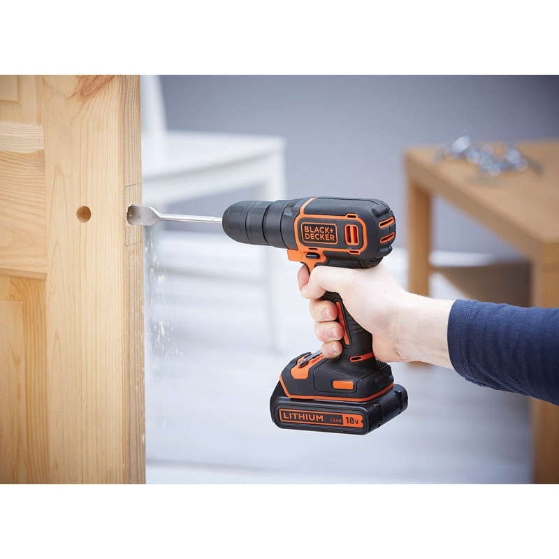 Black&Decker BDCDC18KB cordless screw driller + case + 2 Batteries 1.5Ah