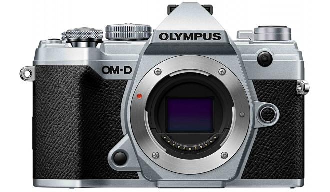 Olympus OM-D E-M5 Mark III kere, hõbedane