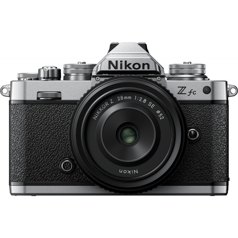 Nikon Z fc + 28 mm f/2.8 SE