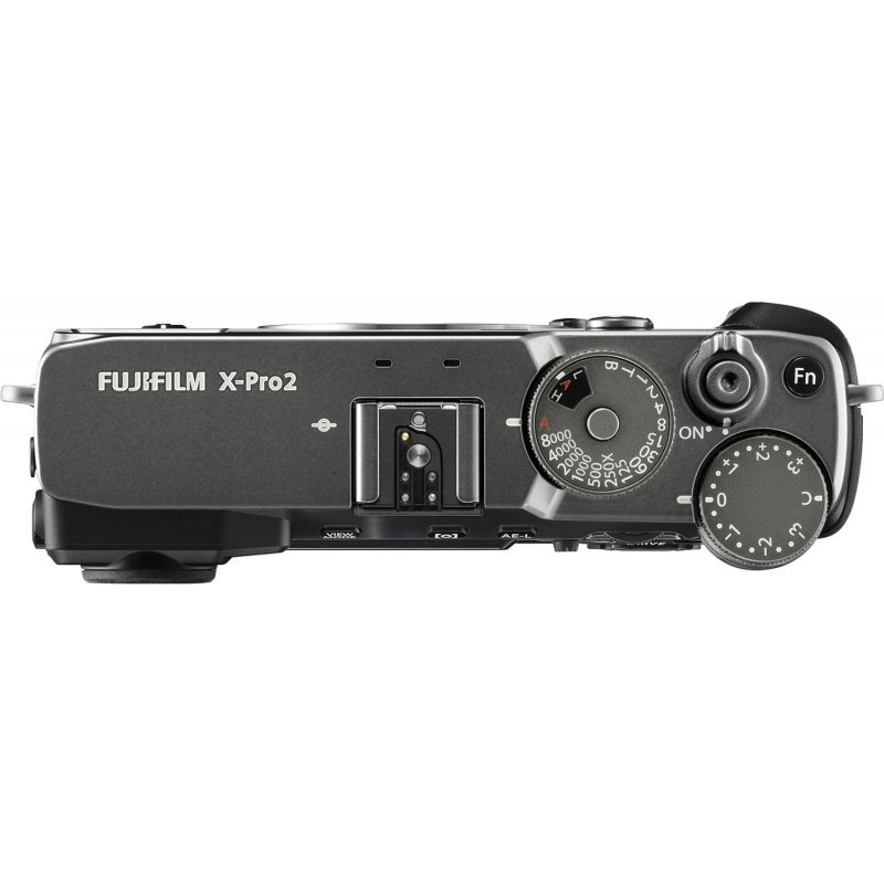 Fujifilm X-Pro2 + 23mm f/2.0, grafīta krāsā