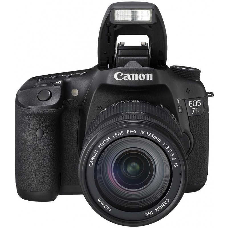 Canon EOS 7D + 18-135mm IS Kit