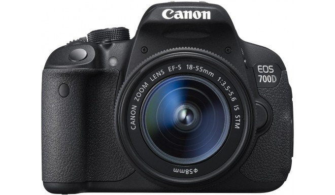 Canon EOS 700D + 18-55мм IS STM Kit