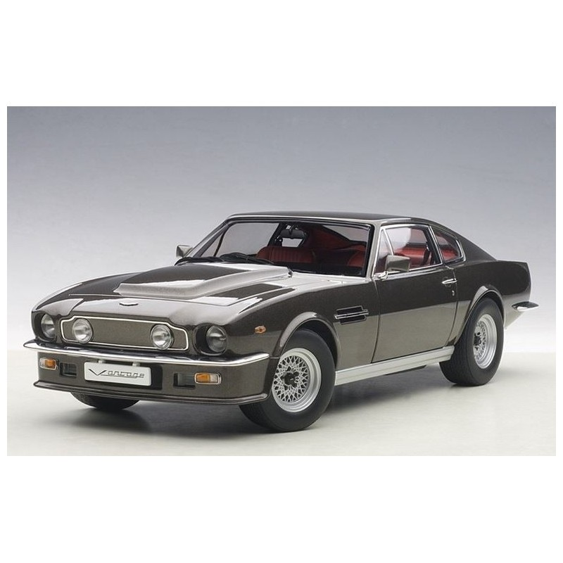 Autoart Model Car Aston Martin V8 Vantage In 1985