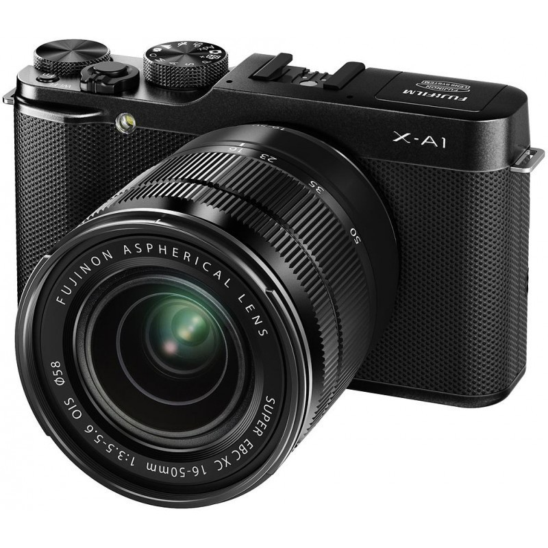 Fujifilm X-A1 + 16-50mm + 50-230mm, must