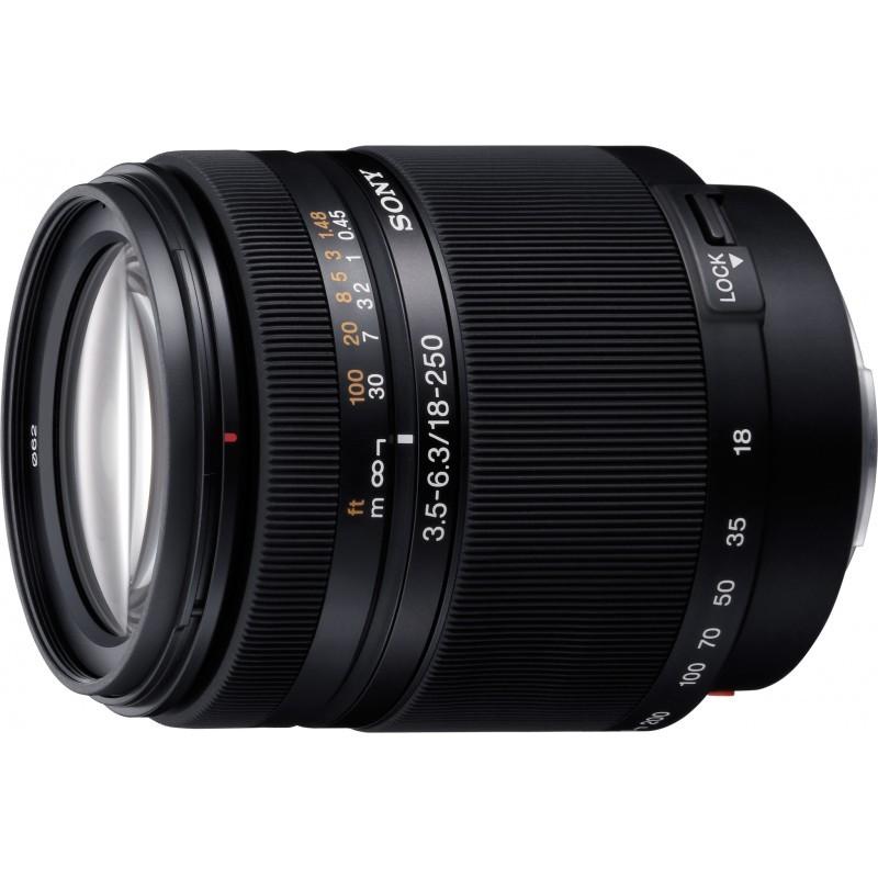 Sony DT 18-250mm f/3.5-6.3 objektiiv