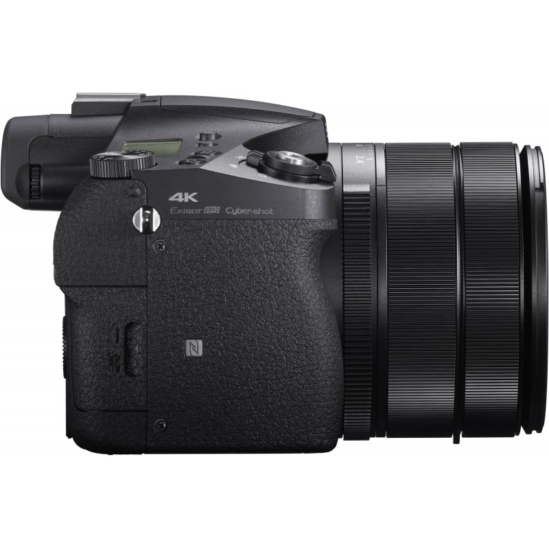 Sony DSC-RX10 IV
