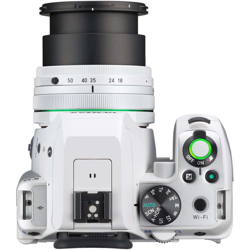 Pentax K-S2 + 18-50mm WR Kit, valge