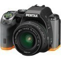 Pentax K-S2 + 18-50mm WR Kit, must/oranž