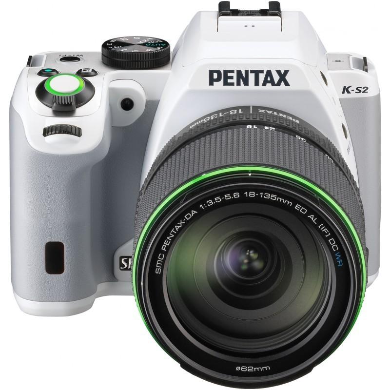 Pentax K-S2 + 18-135mm WR Kit, valge
