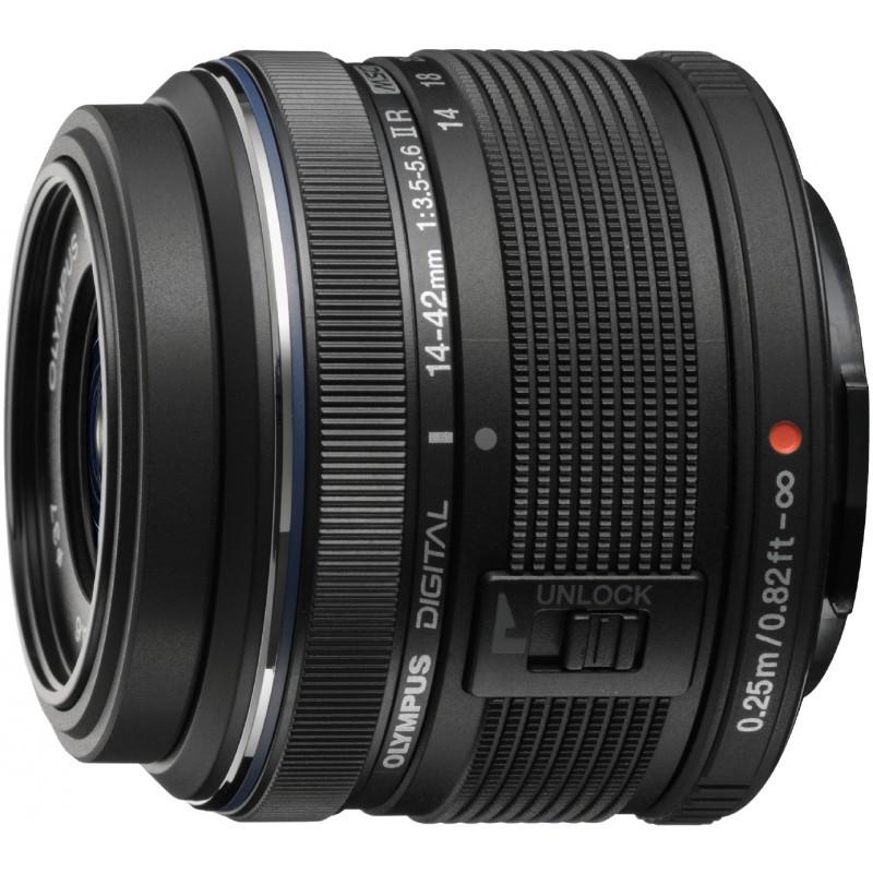Olympus PEN Lite E-PL6 + 14-42mm II R + 40-150mm R, must